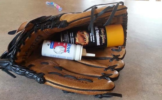 Guide on How to Oil a Baseball Glove